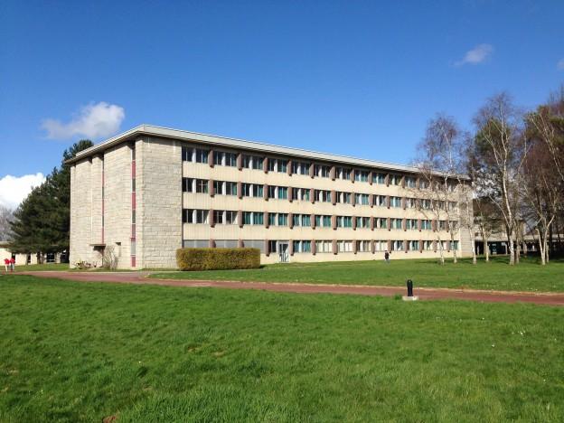 Remplacement des menuiseries extérieures du lycée T. Monod